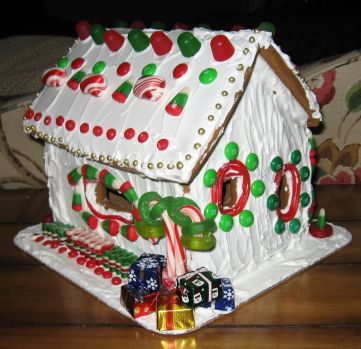 GirlGingerbreadHouse.jpg