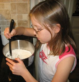 cookies%20-%20girl%20mixing%20dry%20ingredients.jpg